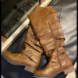 Shoes - STRAPPED BOOTS